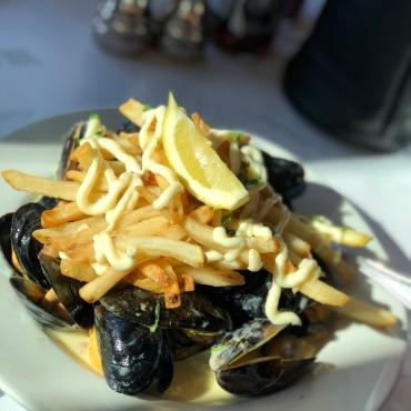 Mussel Fries w/ Garlic Aioli